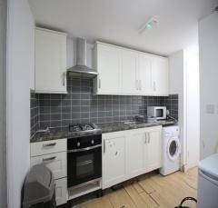 Barking road,Plaistow,united kingdom E13,3 Bedrooms Bedrooms,2 BathroomsBathrooms,Flat,Barking road,1126