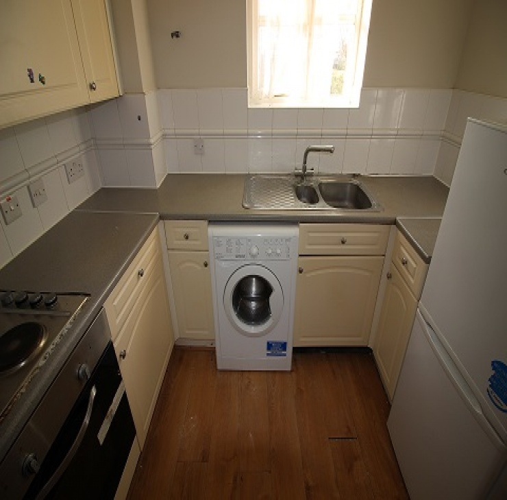 Otter Close,Stratford,united kingdom E15 2PZ,2 Bedrooms Bedrooms,1 BathroomBathrooms,Flat,Otter Close,1158